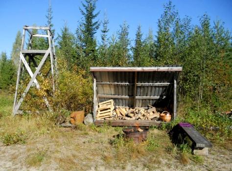 metsastajat nuotiopaikka 1