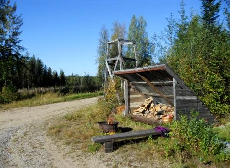 metsastajat nuotiopaikka 2