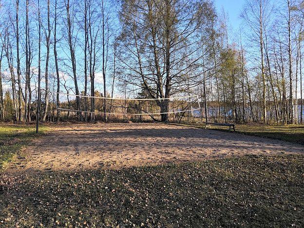 kuorasjarvi_uimaranta_ja_hukkatupa2